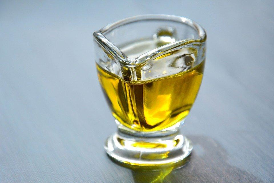 witamina E w oleju roślinnym